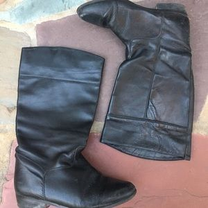 Vintage LL BEAN  leather boots. Made in Canada.